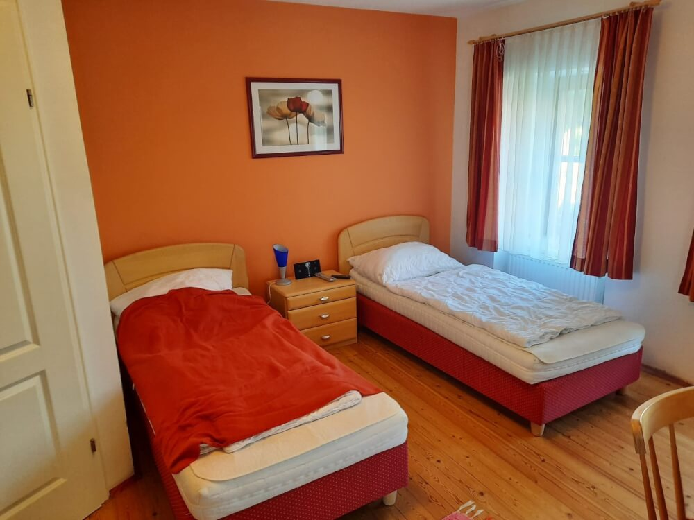 Pension Stankovic Apartments  Hr.Stankovic 2345 Brunn am Gebirge  15976733855f3a8fa983df0