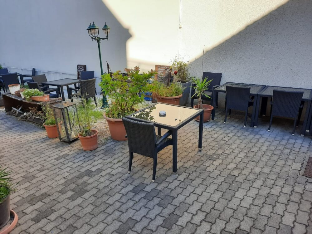 Pension Stankovic Apartments  Hr.Stankovic 2345 Brunn am Gebirge  15976733855f3a8fa983f96